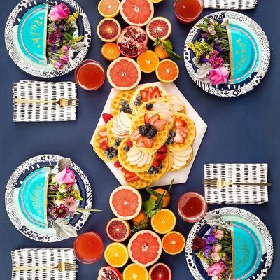 Grab your girl gang and start planning the ultimate brunch! @britandco shows you how to give your table a fun (citrus!) twist with DIYs featuring our #britgetscheeky products! Click the link in profile for more info.