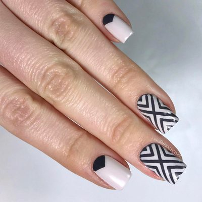 Another look at these chevron nails! . . .