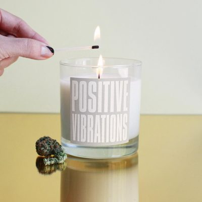 Start your week with positive vibes. 🔥  __ Our #cannabis-scented candle available on @marleynaturalshop .com or via the link in our bio.