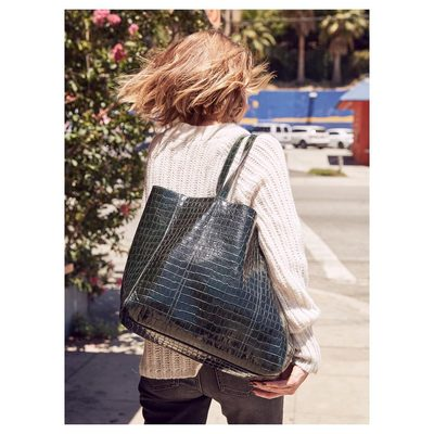 Croc embossed tote perfect for us woman on the go... #aninebingbag