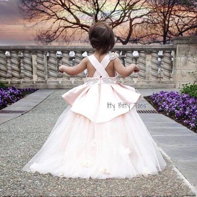 Heading out on Saturday night like... too darling @ittybittytoes! #IttyBittyToes . . . #littledresses #fairytaleprincess #flowergirl #bridalshower #teambride #bridetobe #bridalides #princess #babygirl #disneyprincess #babyphotography #babyphotos #pinksquad #pinkdress #pageant #babyinspo #dressinspiration #instglam #dressshopping #amazing #awesome #luxurywedding #weddinginspiration #yes #swpartners #StrictlyWeddings