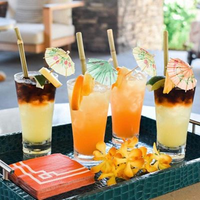 Cocktails because no great story started with a salad and life is too short not to have umbrellas in your drink. Cheers to the #weekend with these libations from @montagekapalua. . . . #drinks #cheers #brunch #girlsday #travelgram #amazing #cocktails #bridalparty #mixeddrinks #mixology #bridalshower #umbrelladrinks #thrist #thehappynow #delicious #feedfeed #refreshing #bridalinspo #weddinginspiration #StrictlyWeddings