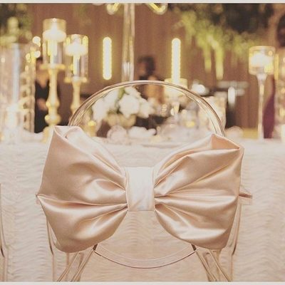 Tying the knot. We just love bow-tiful weddings fill with elegant designs and details! Tap tap if you agree. Photo: @kissmeforeternity | Planning: @jordanpayneevents . . . #tablescape #weddingdetails #weddingplanning #weddingplanner #satinbow #blushwedding #beautiful #wedding #weddingdecor #blushingbride #eventdesign #eventplanning #chairdesign #chairs #ontrend #bestof #elegant #charming #weddingtime #weddingseason #instalove #instawed #weddingdesign #StrictlyWeddings