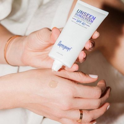 Get the scoop on how our girl @kerrently keeps her skin looking flawless and why it's her favorite part of her morning routine! Hint: it includes SPF 😉 Link in bio!