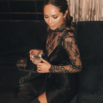 @marianna_hewitt in the Carrie Lace Dress 😍 #alwaysa10