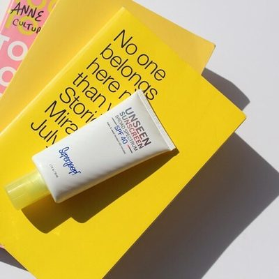 """""""I am OBSESSED with Unseen Sunscreen!!!! Believe the hype, this stuff is amazing. I just started using it and my skin feels great! Goes on super soft and silky, clear, no stickiness etc. Super sheer and great as a primer between moisturizer and makeup! Thank you!"""" - 5 ⭐️ review on Supergoop.com ✨"""