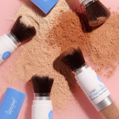 You're going to reset your makeup anyway, why not do it with SPF? Smooth, silky, hydrating powder ✔️ 100% Mineral SPF 45✔️ Removable brush for easy cleaning ✔️Refillable component ✔️ Shop it now @sephora online. #powderon