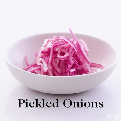 Pickled red onions: super easy to make + adds a citrusy brightness to whatever you put these on. • • 4 ingredients: - ½ red onion, thinly sliced on a mandolin - Juice of 2 limes - ¼ cup red wine vinegar - ¼ teaspoon salt  How to make:  Combine all ingredients, and let sit for at least 15 minutes. They will keep for a few days in the fridge and continue to get flavorful and pickle-y as they sit.