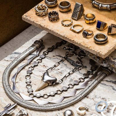 We've put together the beginner's guide to jewelry, with absolutely everything you need to know even after you've found the perfect mix of pendants, bracelets, and #rangz. Check the link in bio for the guys to emulate, the stores to frequent, and the treasures to splurge on. (@Jeremy_Liebman) #GQOnTheRocks