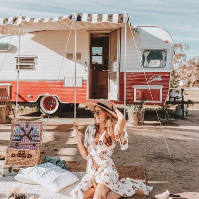 @coffeecupsandroses picnic-ready in the plaza kimono dress 💋#bybabesforbabes