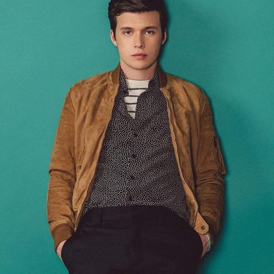 You may not know Nick Robinson (@therealnickrobinson) yet, but that's going to change. As a closeted gay high schooler in #LoveSimon, Robinson's the lead character in the first ever gay teen romance released by a major movie studio. And despite being an actor who identifies as straight, his nuanced and poised performance transforms a teen romance into essential viewing for all ages. More on how Nick found the role of a lifetime (and more pics from our shoot with him - this one's exclusive to Instagram!) at the link in bio. (📸@lovebryan)