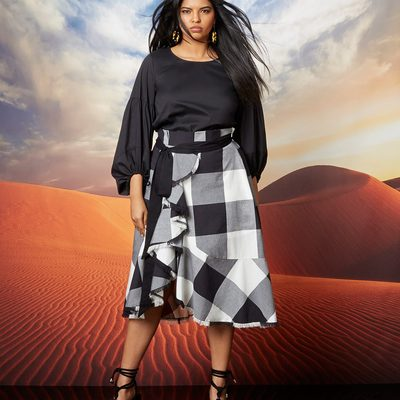 Meet our newest collection, Bold Standard, filled with earthy, organic prints inspired by the wanderlust that hits us this time each year. Our nature-inspired prints, unexpected pops of color, strong lines, and feminine silhouettes have you covered for whatever life throws your way! Shop new arrivals at the link in bio ⤴ #XOQ