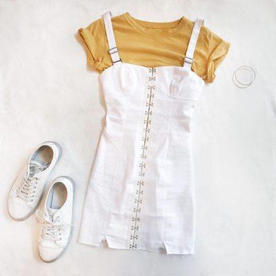The Monika Hook Front Dress 💛