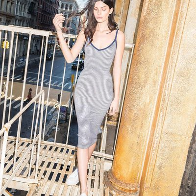 NYC FIRE ESCAPE (milly) MOMENTS... #iconic #Millymoment #madeinNYC 💜 Shop ribbed knit dress on MILLY.com (link in bio)!!