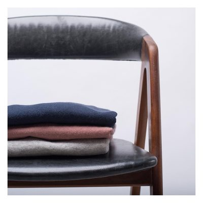 We've chosen low key colours on our Cashmerino knitwear, to make it a great addition to your basic wardrobe. #lesdeux #lesdeuxcopenhagen #cashmereknit #basicwardrobe