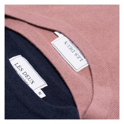 We welcome the new dusty pink into the little family of cashmerino.. #lesdeux #lesdeuxcopenhagen #cashmeresweater #dustypink