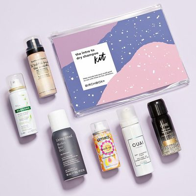 Skip the suds! Our new Intro to Dry Shampoo Kit is filled with some of our favorite oil- and odor-busting formulas from @theouai, @oribe, @love_amika, and more. Throw one in your gym bag, keep one in your desk drawer, pop one in your purse...basically you'll never be without your go-to hair helper again.