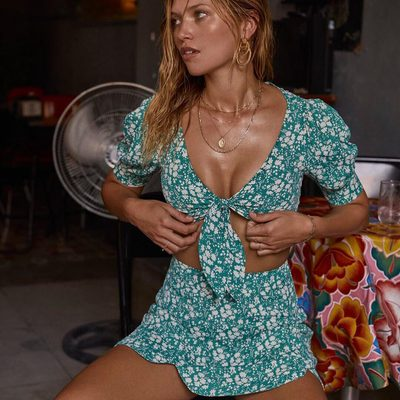 Take in the tropic heat with light florals sprinkled on a bold silhouette 🌺✨ 🌴  The vibrant Zamira Floral Top & Mini Skirt