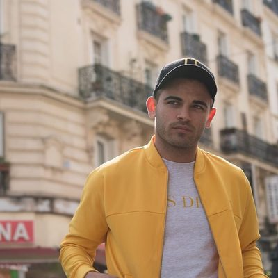 We've chosen the Mustard color to recur throughout the entire SS18 collection - don't worry, we're prepared to dress you for summer. #lesdeux #trackjacket #baseballcap
