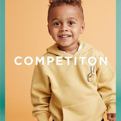 """To celebrate the weekend we offer two lucky followers the chance to win a """"Peace Hoodie Kids"""" for them, and their best friend.  To enter the competition: - Follow @lesdeuxcopenhagen - Comment who your best friend is Value 698 DKK - The winner will be announced Monday #Lesdeux"""