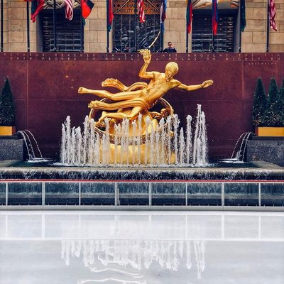 Today is the last day of the ice-skating rink at Rockefeller Center! Go visit before it disappears for the summer (and see the link in our bio for more NYC updates). (📷 @mickmicknyc)