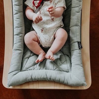 Hello Mommy and Daddy.... Do you crave a stylish and and comfy rocker for your baby?  Our Levo Rocker is not only super comfortable for baby it looks great anywhere in your home or outside.  @senaenelson #finnandemma