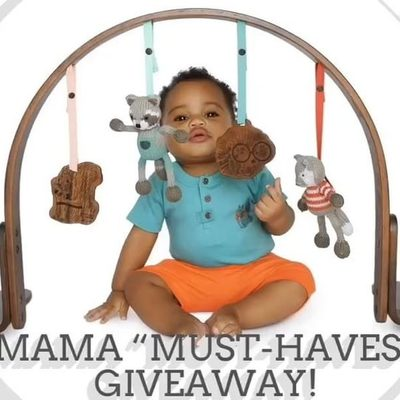 """🎉🍼Mama """"Must-Haves"""" Giveaway!🍼🎉 Bringing home a new little one is such a wonderful time. We want to help you get set up with some of our favorite baby brands.👶🏼 When it comes to baby """"must-haves"""", cut the fluff and just get the stuff you NEED! One winner will take home over $2,800 in prizes! How to enter: ❶Like this post ❷Tag your friends ❸Follow the link below or in our bio to ENTER TO WIN!  Giveaway will run until May 7, 2018 11:59 MT. 🎉"""