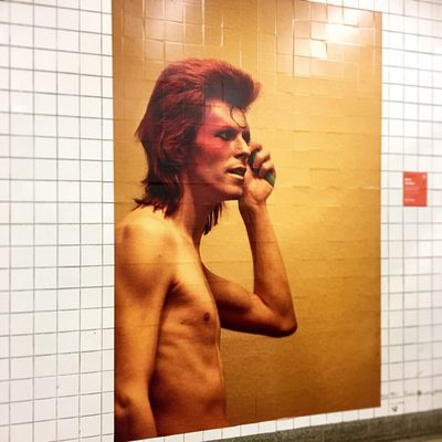 Did you see David Bowie's takeover of the Broadway-Lafayette subway station? Check the link in our bio for more subway artwork in NYC. (📷 @oceanstarsstyle)