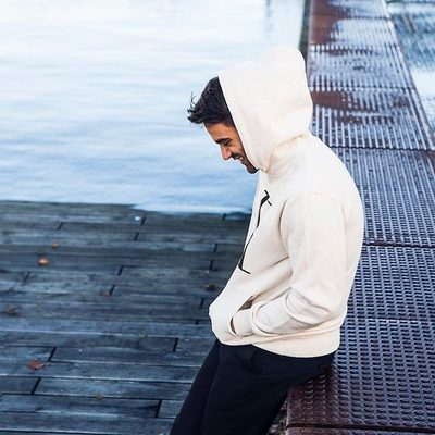 When it comes to rainy summer evenings, our Carterton Hoodies are absolutely an essential asset for everyone. #lesdeux #hoodie