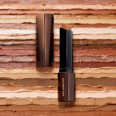 Available in 32 shades, our #VanishFoundation delivers buildable coverage with a skin-like finish. Shop now at @sephora. #vegan #crueltyfree #hourglassscosmetics