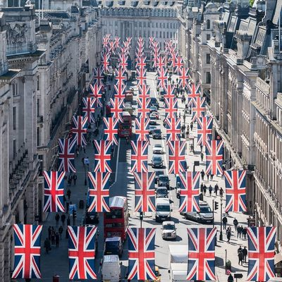 The #RoyalWedding is happening now! Find everything you need to know at @TimeOutLondon. (📷 @tmnikonian)