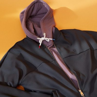Whether you're looking for a sporty, preppy or casual look, Les Deux will deliver the perfect hoodie to the apartment. Check our hoodies and choose your colour. #lesdeux #hoodie