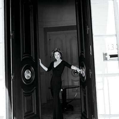 Annette Bening is ready to enter the Marvel Cinematic Universe. The latest prestige actress to join Marvel's ranks is reportedly in talks to join Brie Larson in the cast of #CaptainMarvel. At the link in bio, @vfhwd has more details on Bening's potential superhero movie debut. Photograph by @BrigitteLacombe for V.F. October 2006.