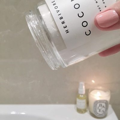 Coconut Milk Bath for super hydrated and ultra-soft skin.👌🌴🥥photo @natural.skin.clean #coconutmilkbath