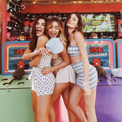 girls just wanna have fun 💜 #revolvearoundtheworld #revolvecarnival