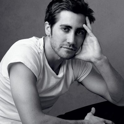 More than a decade after nearly nabbing the role of Spider-Man himself, Jake Gyllenhaal is in talks to join the superhero franchise. Find out what villainous role the actor's in the running for at the link in bio. Photograph by Annie Leibovitz for V.F. March 2006.