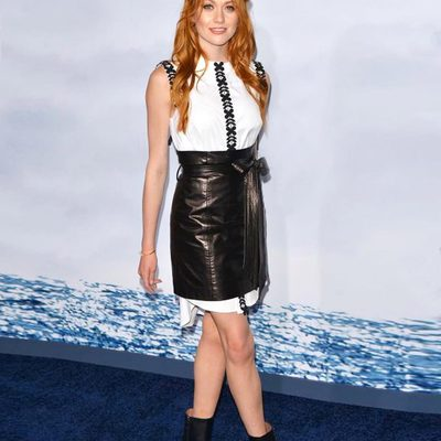 🖤 MAJOR MILLY MOMENT 🖤Beauty @kitkatsmeow in head to toe MILLY #prefall at the premiere of @adriftmovie!! Full look available through link in bio on MILLY.com ☝️ #lalaland #katherinemcnamara #adriftmovie #millymoment