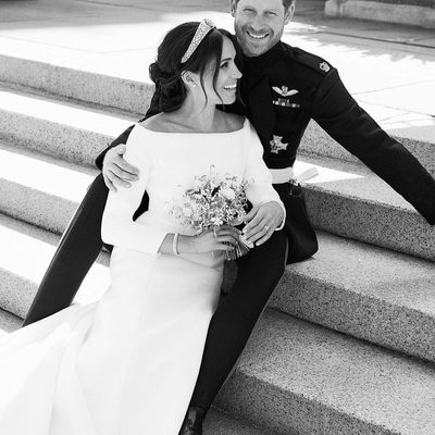 @TheRoyalFamily has released three new portraits by photographer @AlexiLubomirski in celebration of this weekend's #RoyalWedding. See them all at the link in bio.