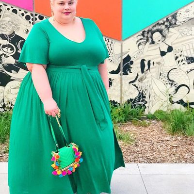 What are you wearing this long weekend? We love @mustangsallytwo's breezy maxi look! 💚 #XOQ