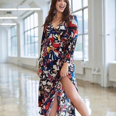 The dress of the summer is here! 🌺 Our printed kimono maxi dress is a fun, memorable pick for all the special events on your spring-to-fall agenda. Click the link in bio to snag your own! #XOQ