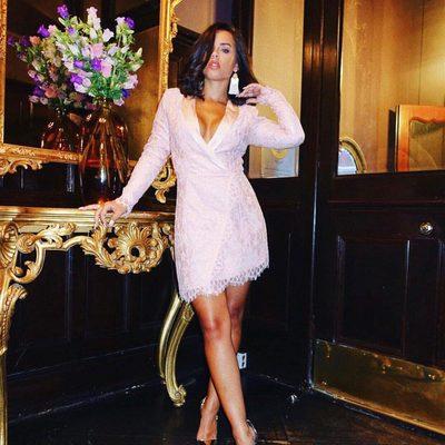 too hot to handle 🔥 @georgiamay112 in the que bonita dress #revolvearoundtheworld #alwaysa10