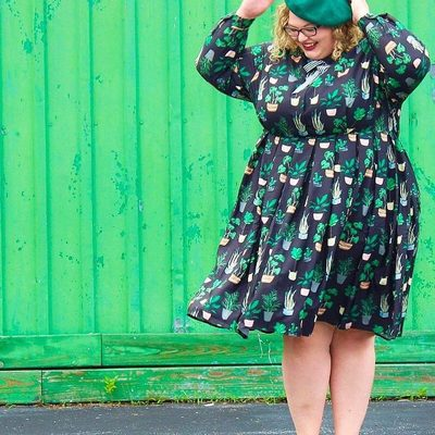 Our insane warehouse sale is almost over! Snag @thepennydarling's dress for only $34.97 💸  Run to the link in bio while it lasts...! #XOQ