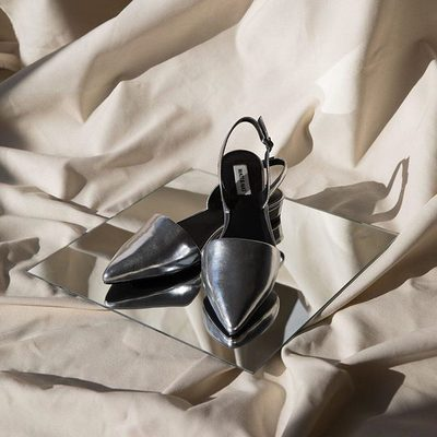 A DASH OF FLASH || There's nothing second place about this silver. The CORY in SILVER. • • #linkinbio #ss18 #mattandnat #livebeautifully #materialsandnature #vegan #crueltyfree #shoes