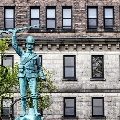 Have you seen the Boer War memorial in the courtyard of Province House in downtown Halifax? ⚔ At the base of the statue are four panels that were laid to honour the Canadian Services that fought in the Boer War in South Africa at the beginning of the 20th century. . Check out 5 MORE PLACES TO DISCOVER HIDDEN HALIFAX HISTORY: go to the link in our bio and tap this image to read! 👀 . 📍 Nova Scotia Legislature, 1740 Granville St, Downtown Halifax 📷: @shane.costantino