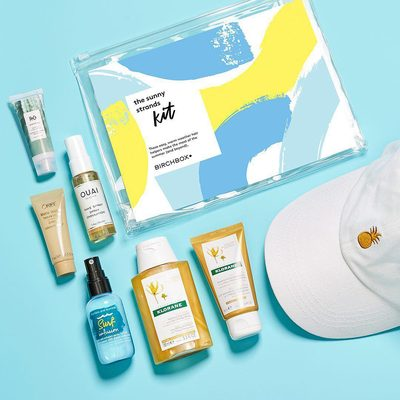 There's so much to look forward to in the summer months, but they're not always so loving to our locks (think: sun, salt water, and chlorine). Our new Sunny Strands Kit is filled with hair helpers—including a fun 🍍hat!—to get you through the ☀ season ahead.