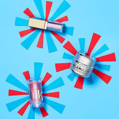 """Happy Summer Fri-yay! Light things up this weekend with 25% off a selection of 4th of July-inspired products in our """"Front Row to Fireworks"""" sale 🎆. Click the link in bio to shop and use code FIREWORK25 at checkout."""
