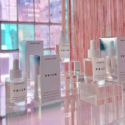 Making some Prism Magic happen at our Press Event in NYC today. ✨🔮🦄#prismpotion