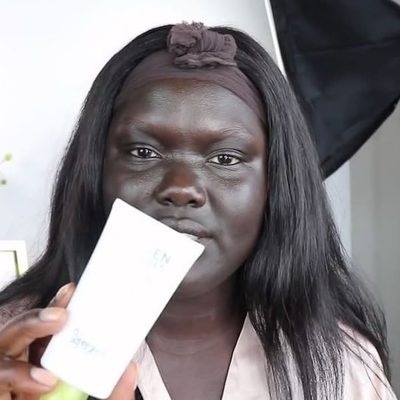 """""""It literally rubs straight in. No ashy cast. No white. No purple. No smell whatsoever."""" @nymatang with #SPFmagic makeup routine. #gounseen"""