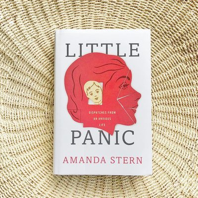 Picking up @alittlestern's #LittlePanic: Her can't-look-away memoir of growing up in 1970s-80s NYC with severe anxiety and endless cognitive and behavioral tests to try to figure out what was different about her. An immersive, tender narrative that reminds us there's no one right way to be a person ❤ Link in bio for more of our summer must-reads. #goopbookclub #weekendreading