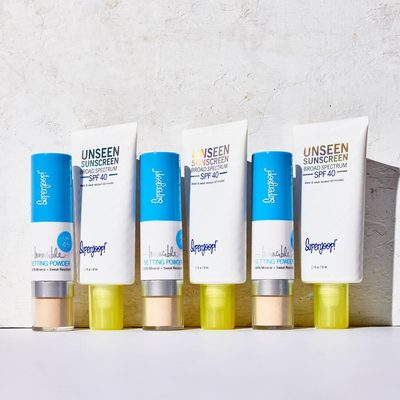 Say hello to the most dynamic duo on the scene: Unseen Sunscreen (prime and protect) and Invincible Setting Powder (set and refresh). #butfirstsunscreen #gounseen #powderon